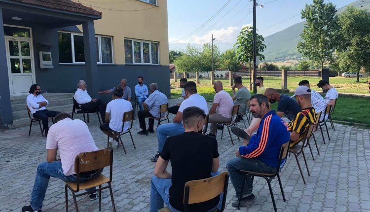 Kryetari i PDSH-së zhvilloi takime në disa fshatra të Komunës së Zhelinës dhe një nëndegë të Tetovës