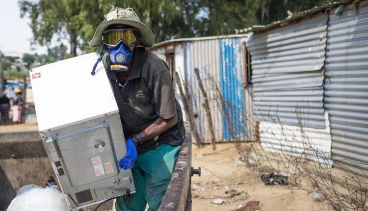 Në Afrikën e Jugut për herë parë është regjistruar kërcim prej 10.000 të infektuarve me koronavirus