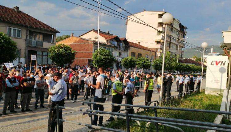 Protestë para selisë së EVN-së në Gostivar