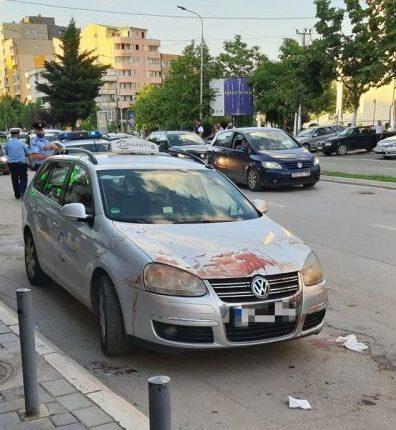 Rrahje brutale në mes disa të rinjve në Mitrovicë