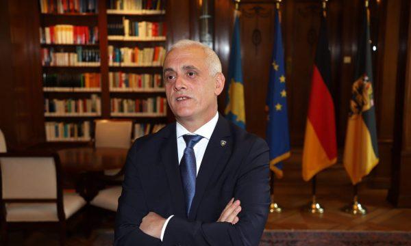 Ambasadori Cufaj: 911 kosovarë që jetojnë në Gjermani janë të infektuar me COVID-19