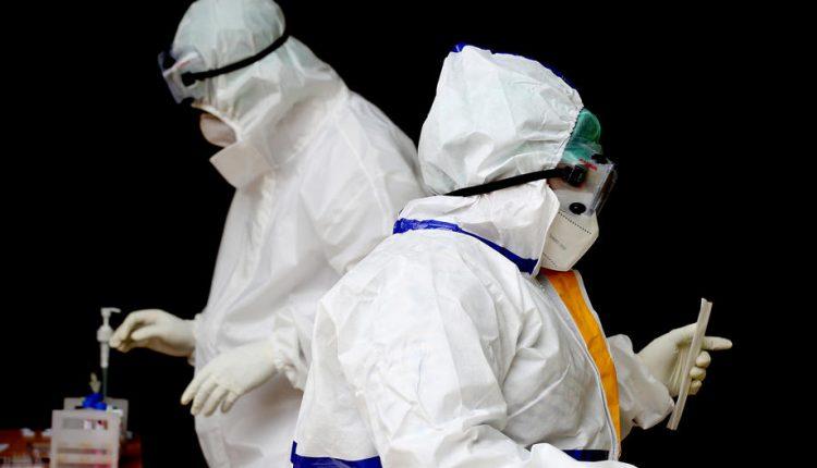 Infektologu austriak: Herët ose vonë të gjithë do të infektohemi me koronavirus
