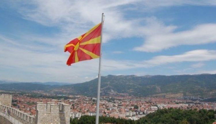 Cilat interesa do t'i ndjek faktori politik shqiptar në Maqedoninë V?