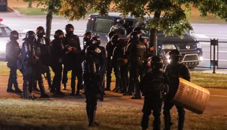 Bjellorusi: Gjatë natës janë arrestuar edhe 700 demonstrues