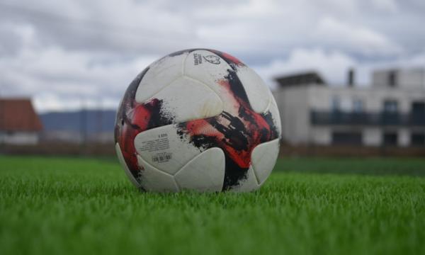 Qeveria lehtëson masat për sportistët