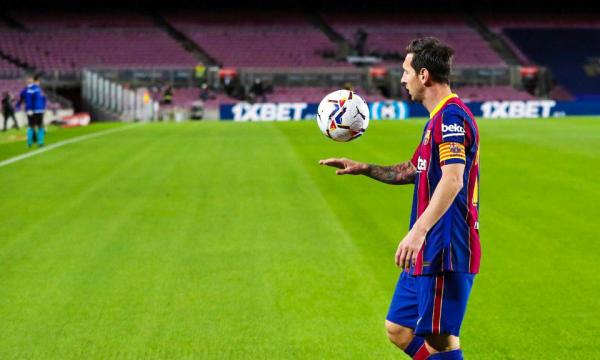 """""""Messi mund të bindet të qëndrojë vetëm nëse fiton Barcelona"""""""