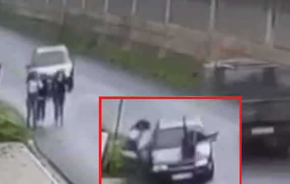 Në Has të Prizrenit vetura godet tre persona (VIDEO)