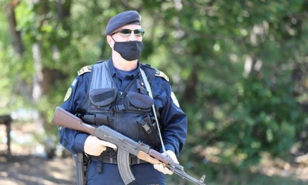 Shtohen patrullimet e policisë në Karaçevë, që nga korriku nuk ka hyrje të xhandarmërisë serbe