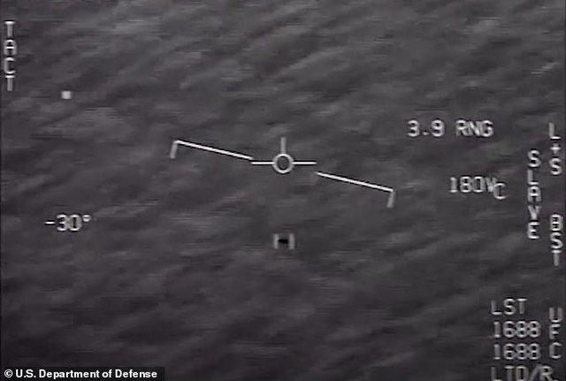 Japonia merr 'seriozisht' ekzistencën e UFO-ve, pilotët ushtarakë urdhërohen të… (VIDEO)