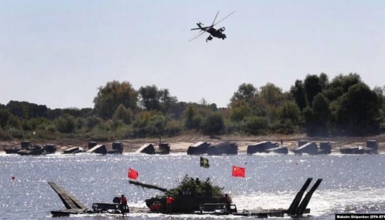 Kina mban stërvitje ushtarake derisa i dërguari i SHBA-së viziton Tajvanin