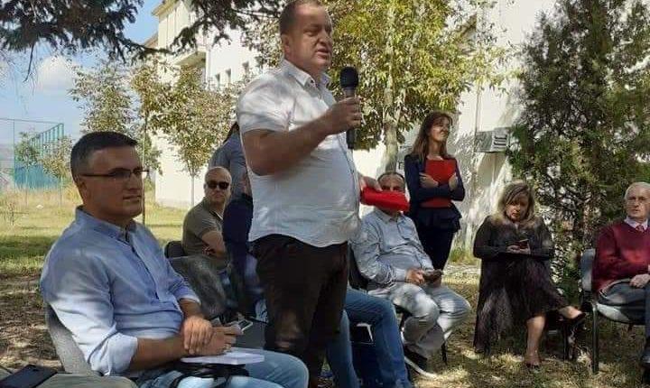 Letërsia kumanovare prezantohet në Korçën poetike