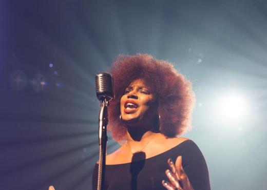 Pse nuk duhet të këndoni me zë të lartë gjatë pandemisë