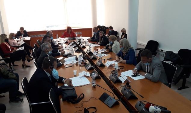 Konstituohet komisioni hetimor parlamentar lidhur me lejet e hidrocentraleve
