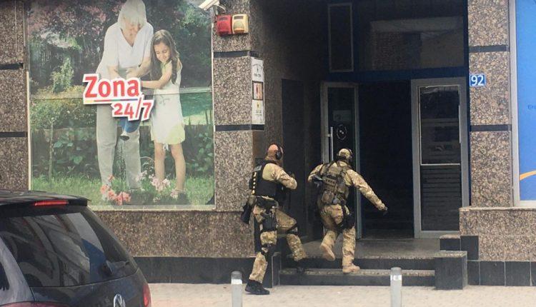 Konfirmohet: EULEX arreston Kryetarin e OVL-së Hysni Gucatin, do transferohet në Hagë