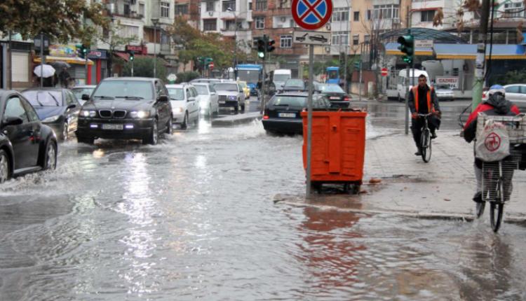 Në Shqipëri paralajmërohen përmbytje gjatë fundjavës