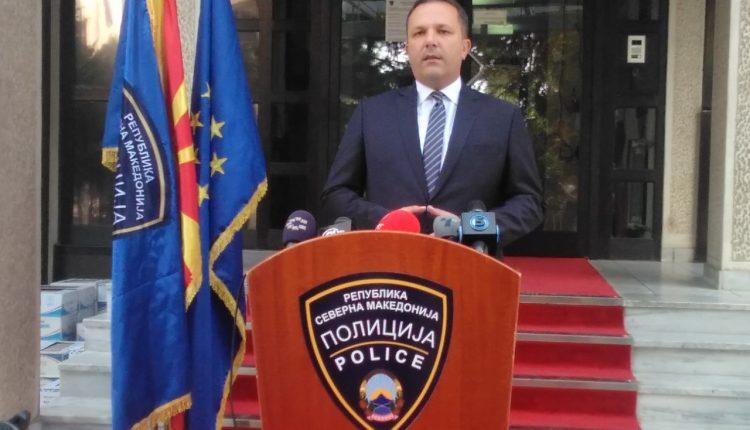 Spasovski: Padi penale dhe suspendim për policin nga Manastiri që sulmoi një romë, suspendohet edhe një polic