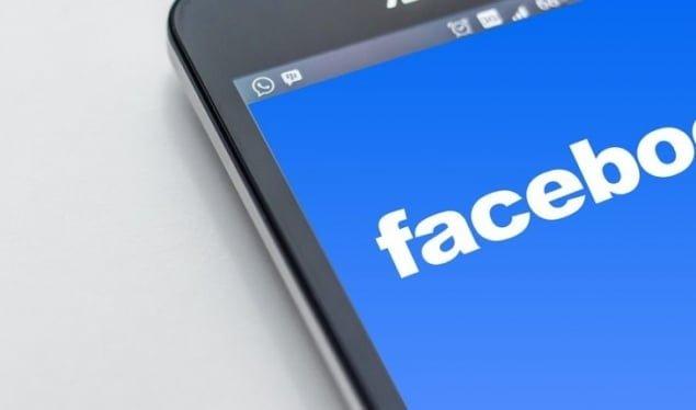Facebook ndalon reklamat kundër vaksinave