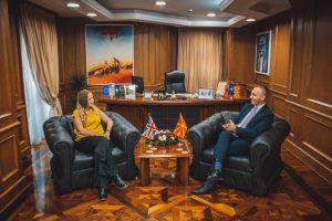 ZVKM i parë Grubi takoi ambasadoren britanike Galouej: Mbretëria e Bashkuar, aleat i sinqertë i Maqedonisë së Veriut