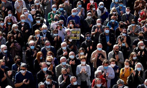 Pas vrasjes së mësuesit, Franca do t'i dëbojë 231 ekstremistë
