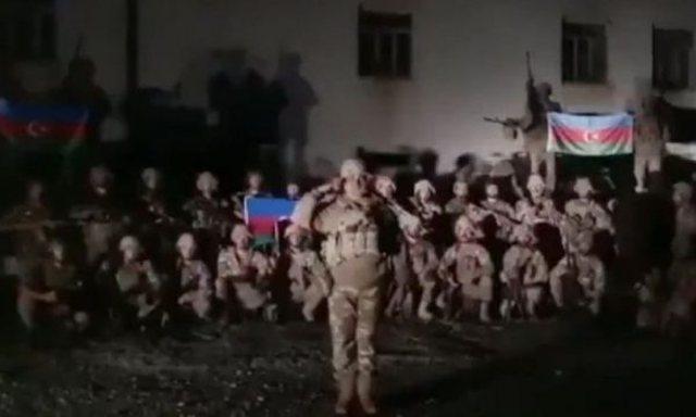 Azerët u marrin armenëve qytetin e humbur në vitin 1993 (VIDEO)