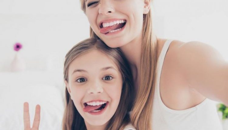 Mësojuni vajzave tuaja kurajon dhe jo përsosmërinë
