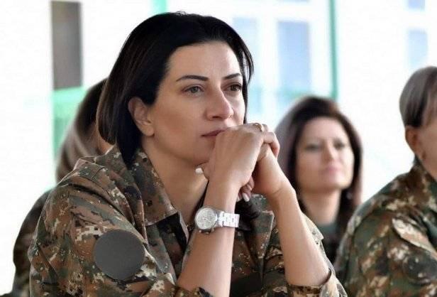 Gruaja bukuroshe e kryeministrit armen shkon në luftë me Azerbajxhanin: S'do t'i dorëzohemi armikut