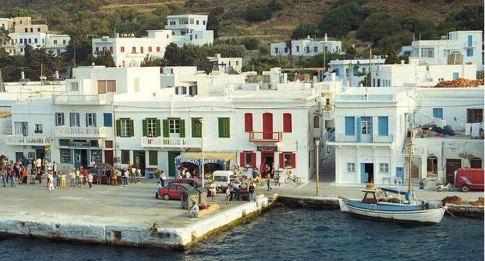 """Turqia i """"merr"""" ishullin Greqisë, ndërtohet edhe xhamia"""