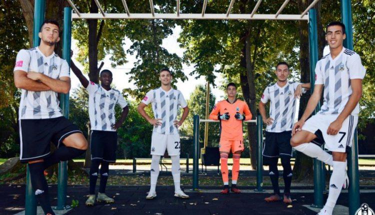 Gjashtë futbollistë shqiptarë në ekip, klubi kroat bën postimin epik