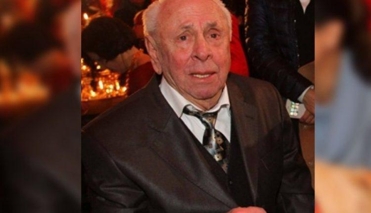 Arti shqiptar në zi, ndahet nga jeta në moshën 92-vjeçare, këngëtari dhe kompozitori Avni Mula
