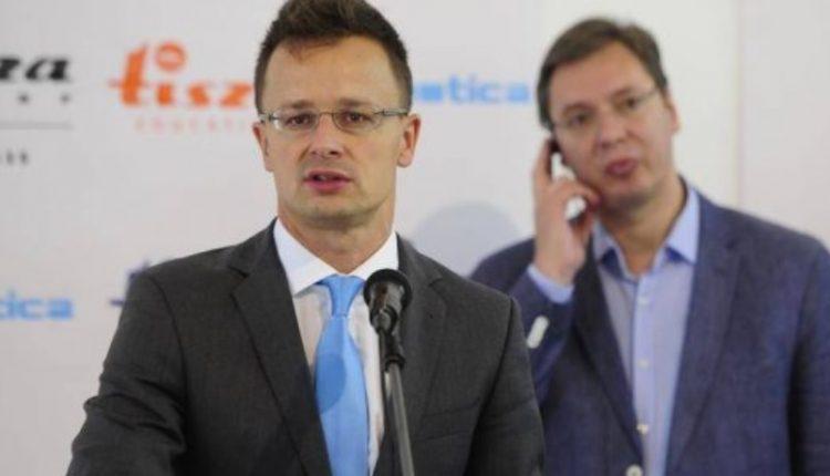 Hungaria i del krah Serbisë: Nuk është e drejtë që Kosova të jetë kusht që Beogradi të hyjë në BE