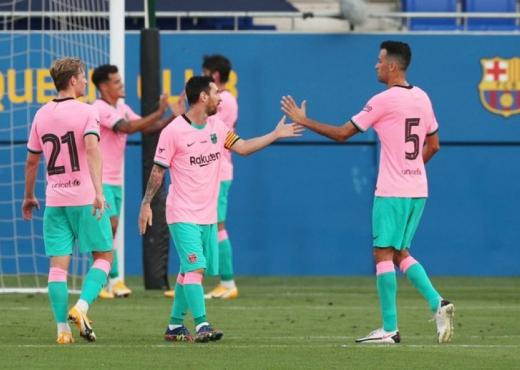 Plas te Barcelona, 4 lojtarë dalin kundra Messit