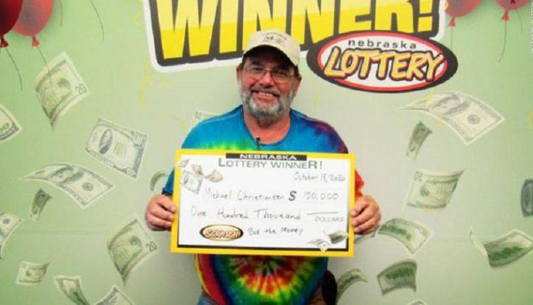 Njeriu që nuk e ndjeu pandeminë, fitoi dy herë lotarinë brenda vitit