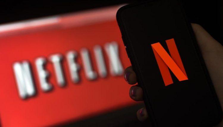 Pandemia 'godet' edhe gjigantin Netflix, bien aksionet