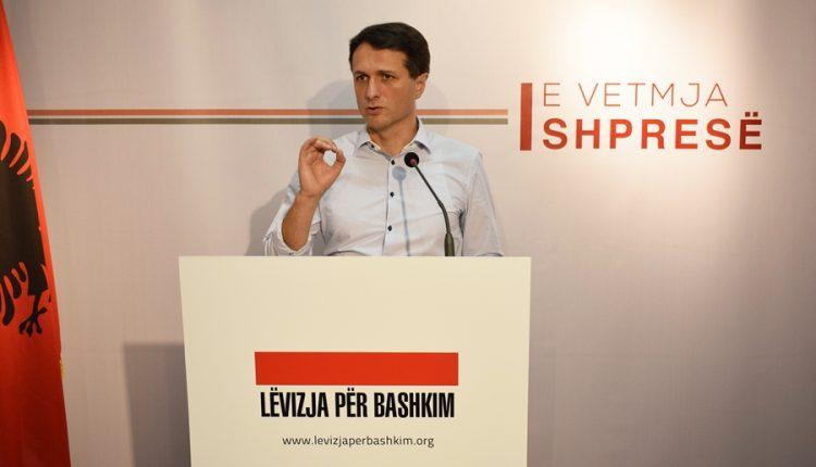 Murati: Zgjidhje e përhershme e problemit shqiptaro-serb është ndryshimi i kufijve