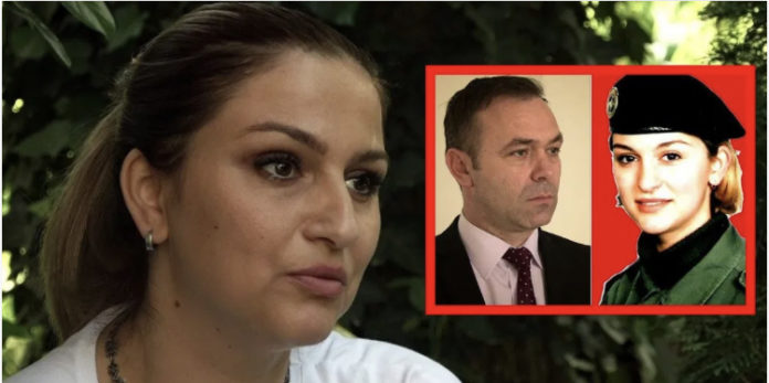 Rrëfimi i bashkëshortes së Rexhep Selimit, ushtarës më të re të UÇK-së (VIDEO)