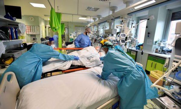 Itali, regjistrohen mbi 28 mijë raste të reja me koronavirus