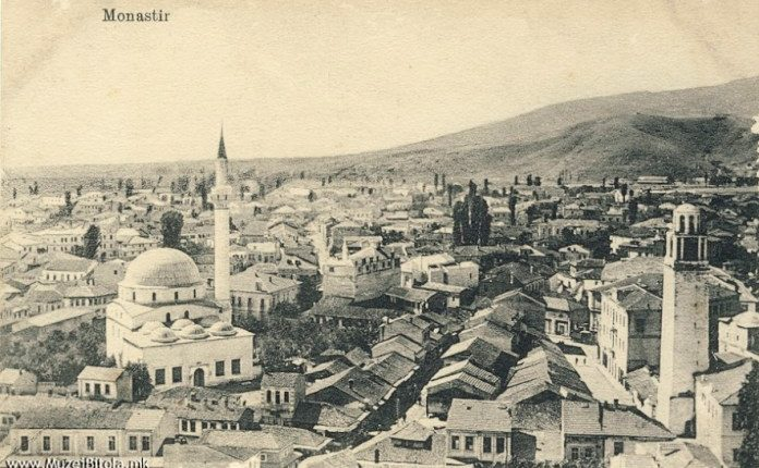 Si u dëbuan shqiptarët nga Manastiri