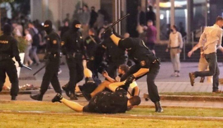Bjellorusi, qindra protestues të arrestuar
