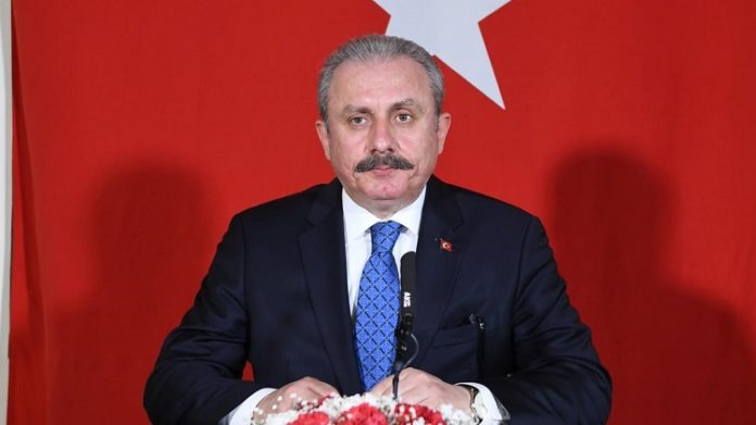 Kryeparlamentari i Turqisë Šentop, ngushëllon familjen Mazllami nga Tetova (FOTO)
