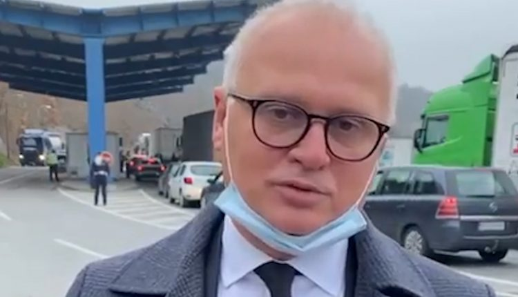 Nuk u lejua të hyjë në Kosovë, nënkryetari i Beogradit paralajmëron padi në Gjykatën e Strasburgut