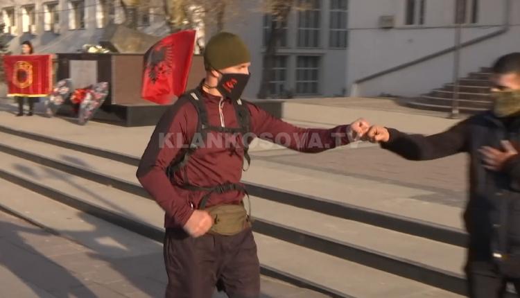 28 vjeçari vrapon 28 kilometra për 28 Nëntor (VIDEO)