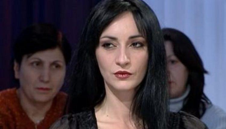 Zhaku: Femrat shqiptare mund të jenë të virgjëra nga poshtë, por kurvë nga lart