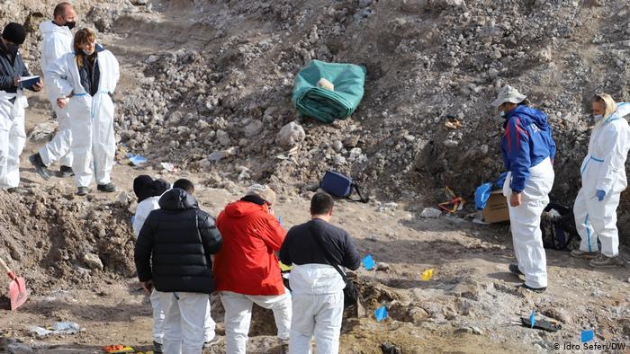 Vazhdojnë gërmimet në varrezën masive të Kizhevakut