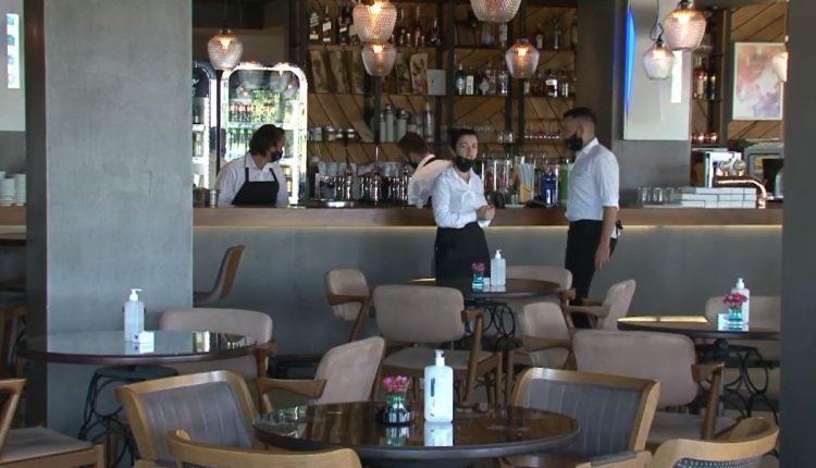 Baret dhe restorantet pritet të punojnë deri në orën 23:00