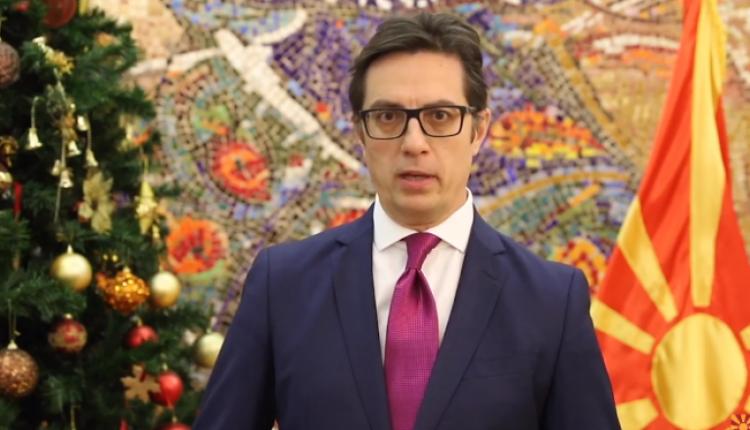 Pendarovski konsultohet me ekspertë juridikë për Ligjin për regjistrimin e popullsisë