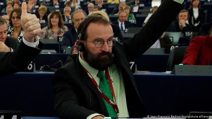Hungari: Një aferë seksi trondit sistemin e kryeministrit hungarez