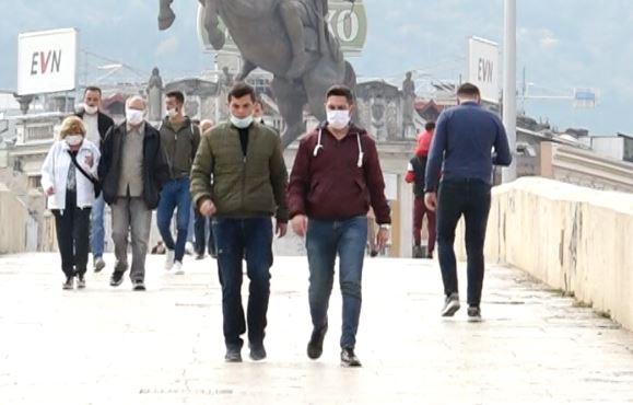 Sanksionohen 625 qytetarë për mos mbajtjen e maskës