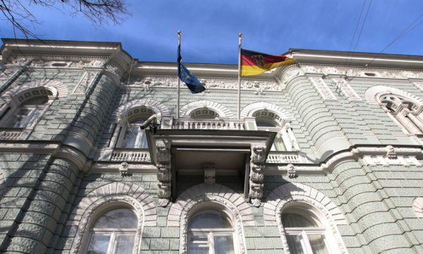 Akuza për spiunazh, Rusia dëbon dy diplomatë holandezë
