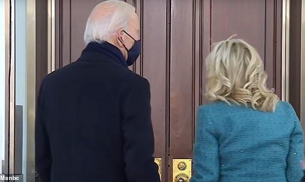 E sikletshme: Biden nuk arriti të hyjë në Shtëpinë e Bardhë për shkak se dera ishte mbyllur (VIDEO)