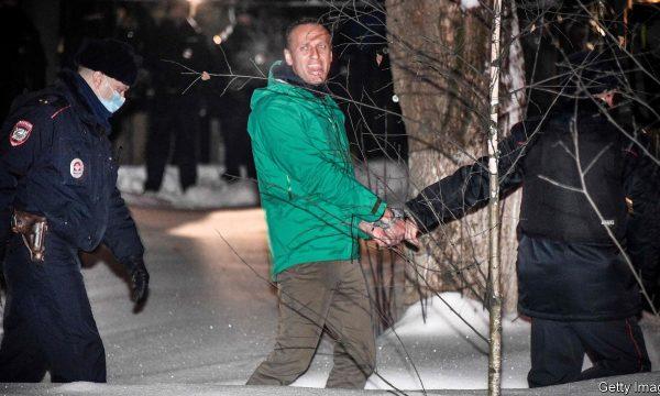 Shtohet presioni për lirimin e Navalnyt, kreu i KE-së i telefonon presidentit Putin